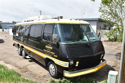 """1977 GMC Motorhome """"Stripes"""" Party Bus For Sale in"""
