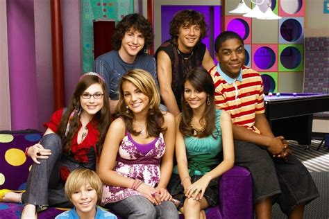 Here's What Nickelodeon's 'Zoey 101' Cast Looks Like Now